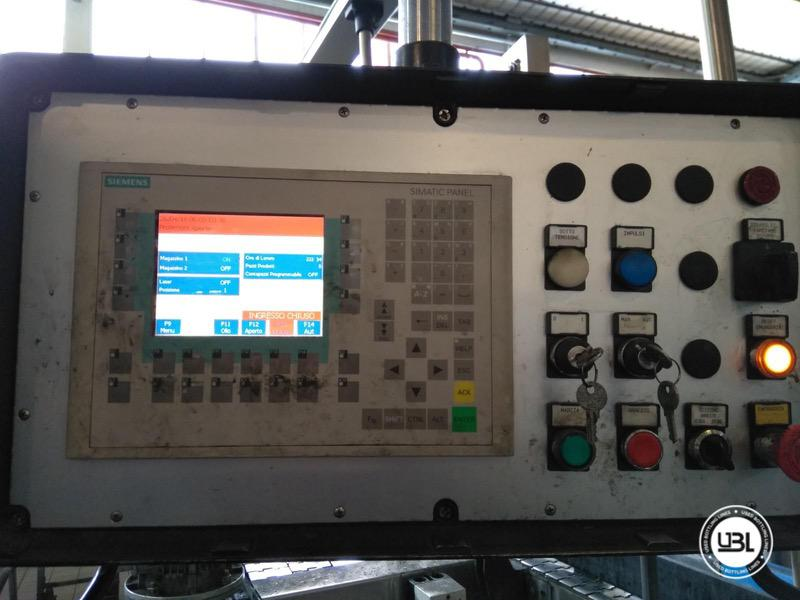 Used Bottle Labeler P.E. Labellers Executive 20T/1170/2S-3E 25000 bph year 2004 - 3