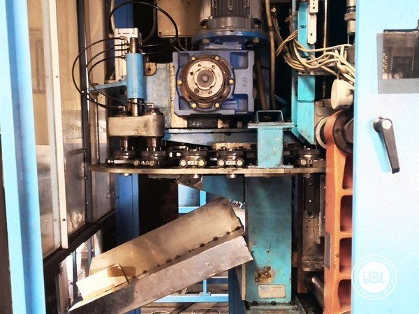 Used Blow Molding Machine Sipa SF 8/4 - 6