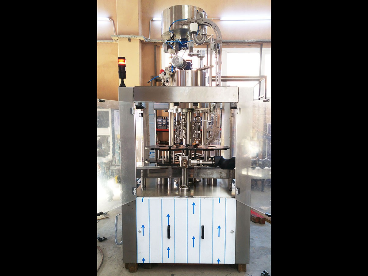 Used Capping Machine 4 heads 8000 bph - 4