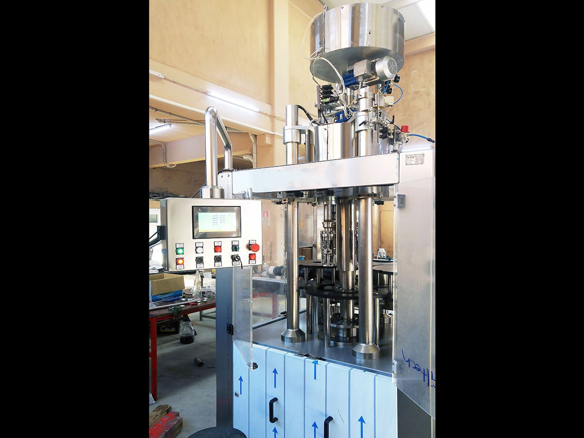 Used Capping Machine 4 heads 8000 bph - 3