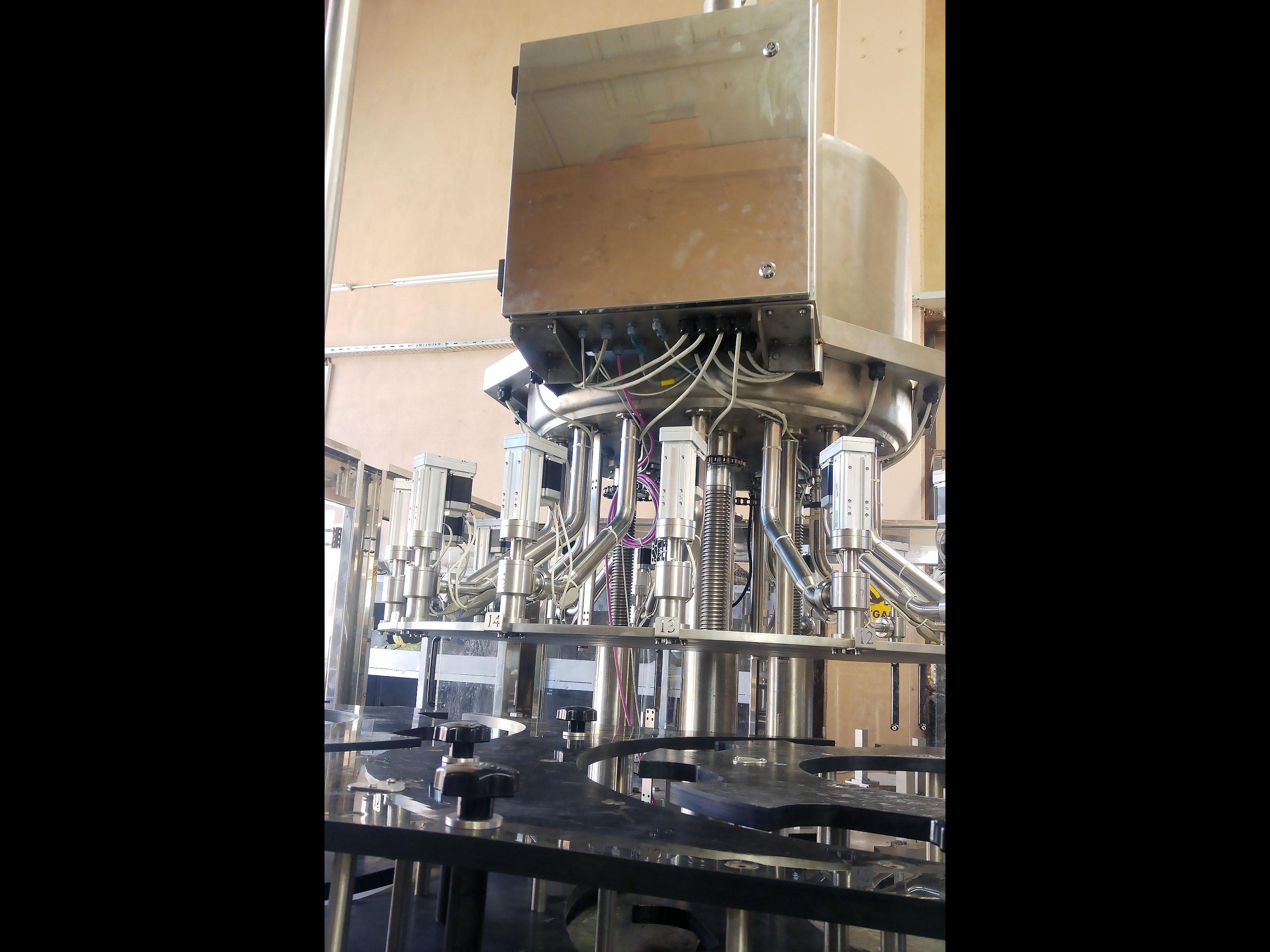 New Filling Machine FILLER 16 NOZZLE - 2