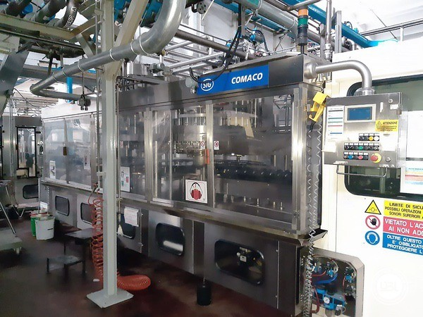 Used Filling Machine SIG Comaco RVAR50/1+VA/12 20000 bph - 1
