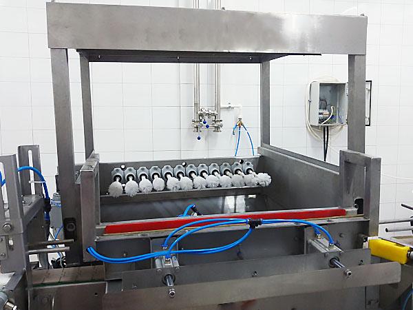 GLASS BOTTLE BRUSH CLEANER - 3