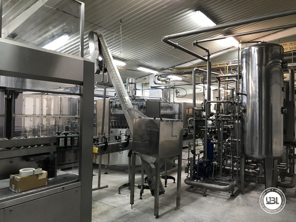 Used Isobaric Complete PET Line for Soft Drinks, Sparkling Water, Water 12000 bph - 11