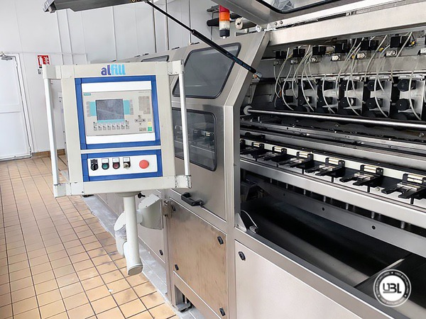 Used Isobaric Complete PET Line for Soft Drinks 2800 bph - 9