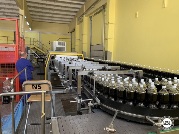 Used Isobaric Complete PET Line for Soft Drinks, Sparkling Water, Water 14000 bph - 45