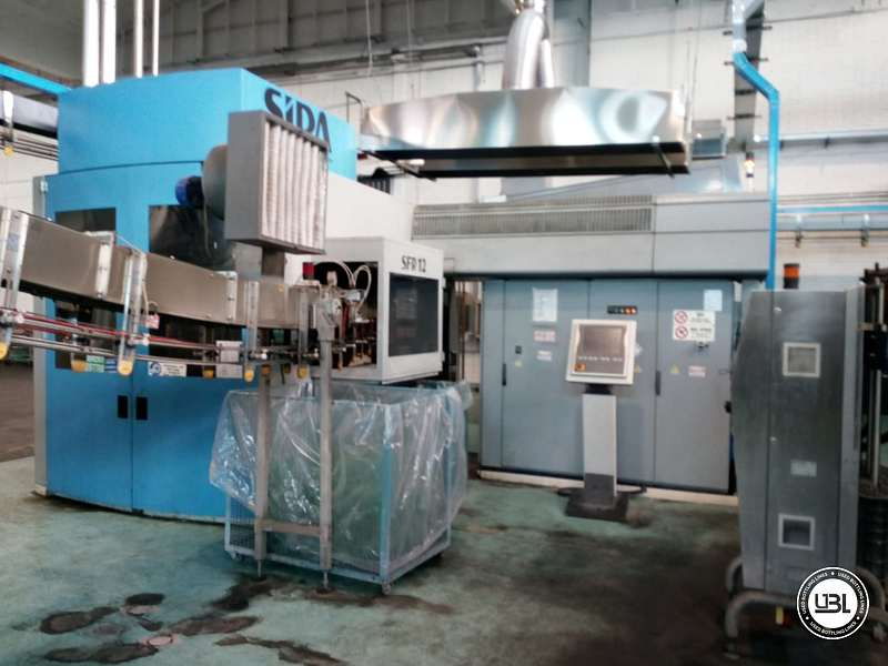 Used Blow Molding Machine Sipa SFR 12 year 2004 PCO 1810 19000 bph - 2