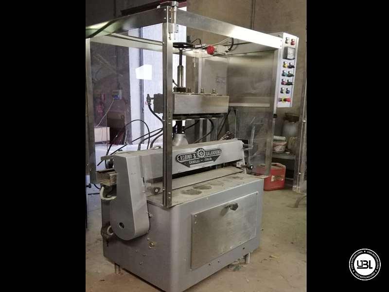 Used Capsuling Machine Robino & Galandrino 1 Head 1500 bph - 4
