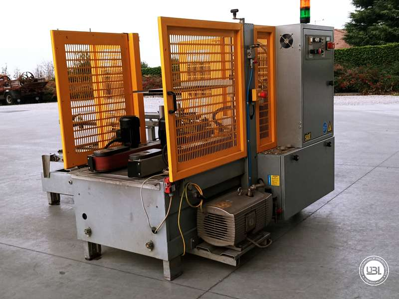 Used Case Erector Siat F 144-DX for Adhesive tape 500 cartons/hour - 1
