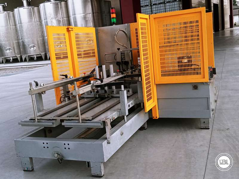 Used Case Erector Siat F 144-DX for Adhesive tape 500 cartons/hour - 2