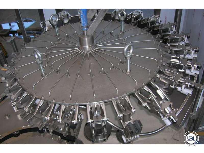 Tribloc de Remplissage à chaud d'occasion F&P Machinery Unica HF verre-PET 24.8.24.6 - 8