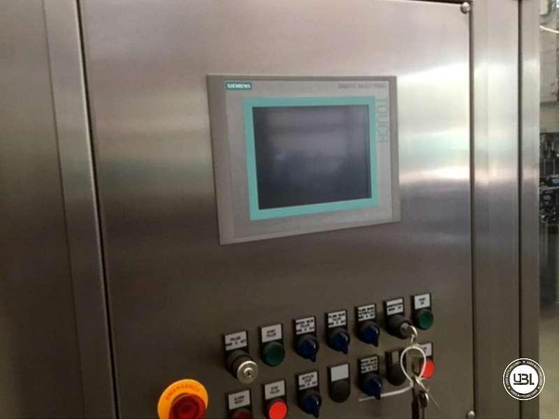 Tribloc de Remplissage à chaud d'occasion F&P Machinery Unica HF verre-PET 24.8.24.6 - 10