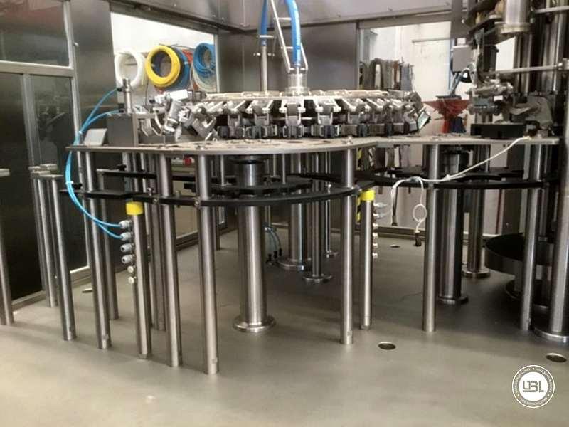 Tribloc de Remplissage à chaud d'occasion F&P Machinery Unica HF verre-PET 24.8.24.6 - 11
