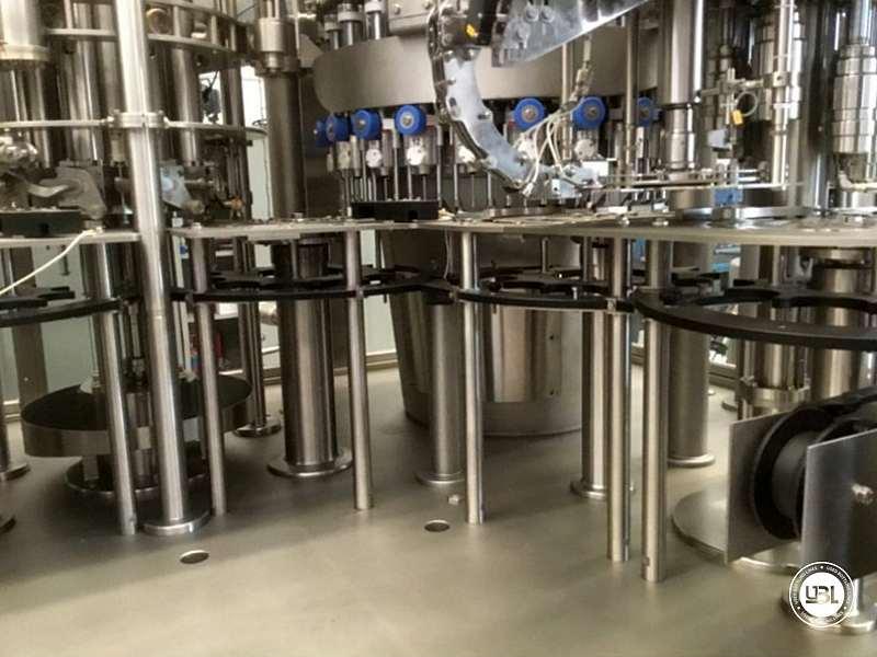 Tribloc de Remplissage à chaud d'occasion F&P Machinery Unica HF verre-PET 24.8.24.6 - 12