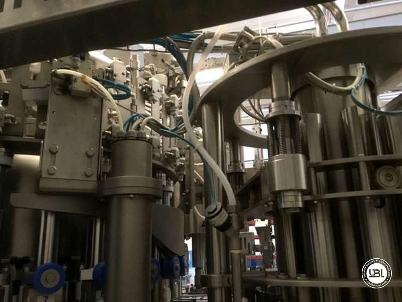Tribloc de Remplissage à chaud d'occasion F&P Machinery Unica HF verre-PET 24.8.24.6 - 6