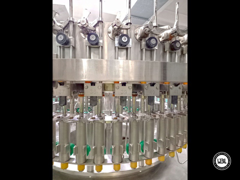 Used KHS Isobaric PET Filling Bottling Complete Line for Beer and Soft Drinks year 2007 up to 10.000 bph - 12