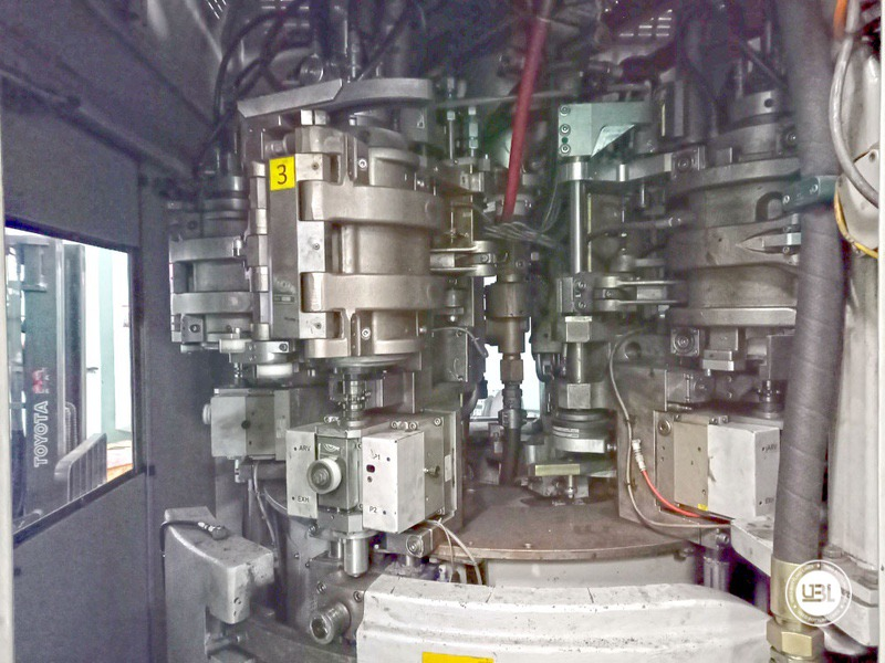 Used KHS Isobaric PET Filling Bottling Complete Line for Beer and Soft Drinks year 2007 up to 10.000 bph - 6