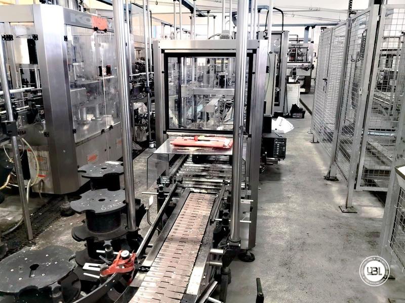 Chiudi cartoni automatico usato Keber Incolpack 1 SK 8000 bph anno 2002 - 2