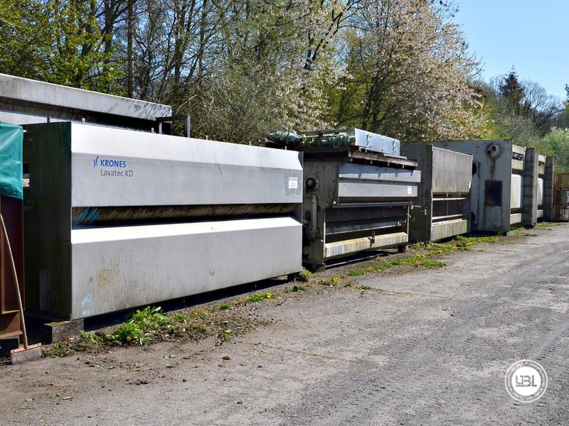 Used Bottle Washing Machine Krones Lavatec KD 2-88-500/58-80 5,2 up to 100.000 bph year 2001 - 2