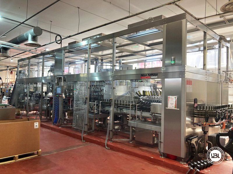 Used Bottling Isobaric Filling Triblock AVE Technologies ISO EP 48-64-12SF-8VA-6G 12.000 bph year 2018 - 1