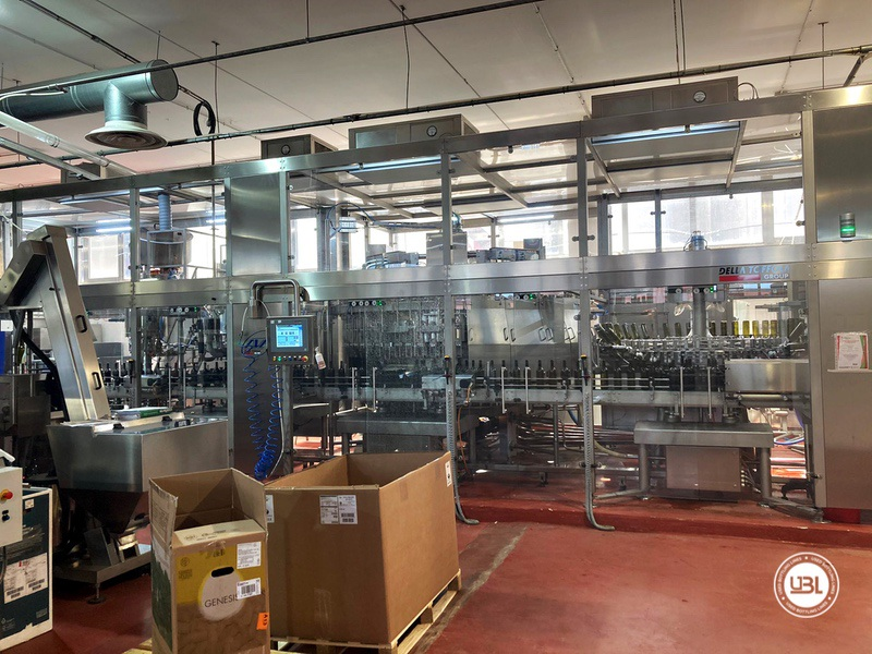 Used Bottling Isobaric Filling Triblock AVE Technologies ISO EP 48-64-12SF-8VA-6G 12.000 bph year 2018 - 4
