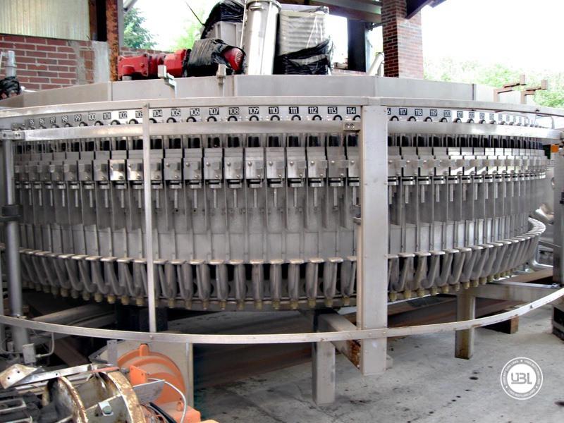 Used Isobaric Filling Monoblock KHS Innofill-ER VF 143/20 143 valves Soft Drinks Glass Bottles 45.000 bph - 2