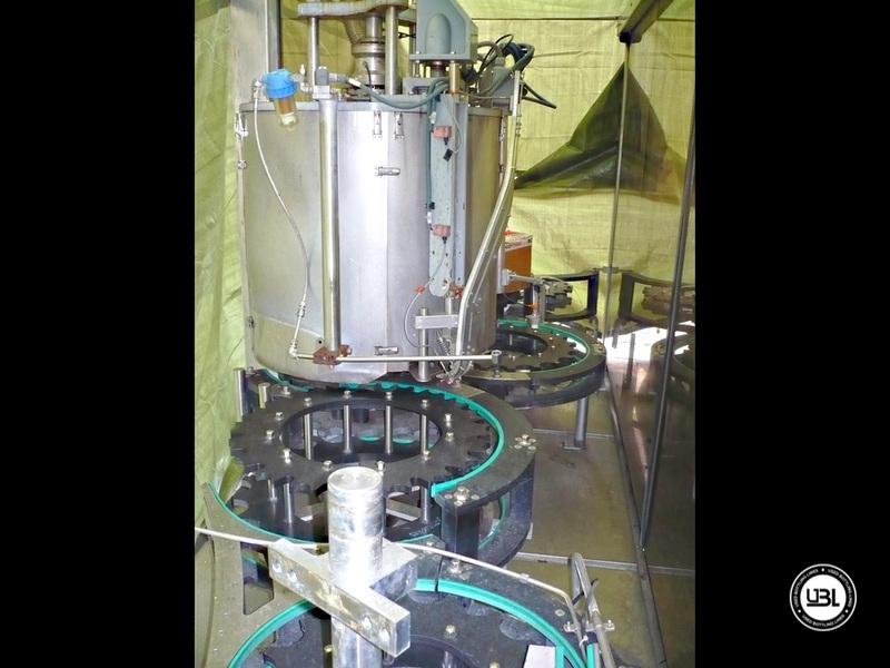 Used Isobaric Filling Monoblock KHS Innofill-ER VF 143/20 143 valves Soft Drinks Glass Bottles 45.000 bph - 3
